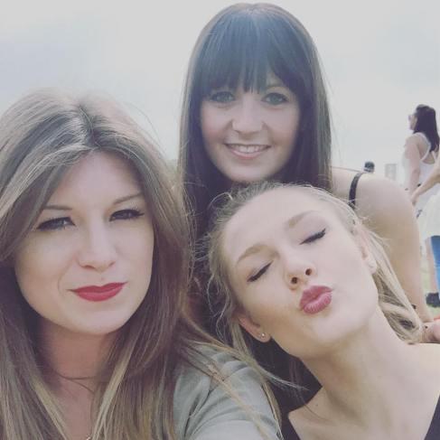 3 Girlies